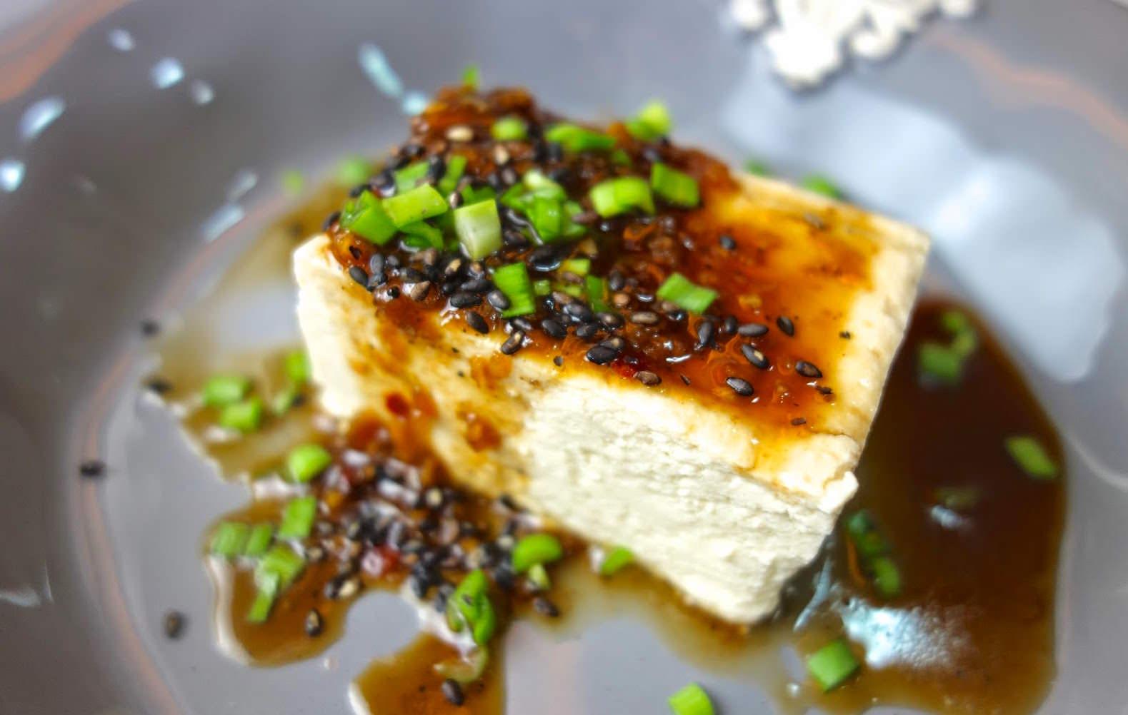 「不需要鹽滷,原來用醋也能簡單做豆腐!」5 步驟教會你,自己做最純天然的豆腐