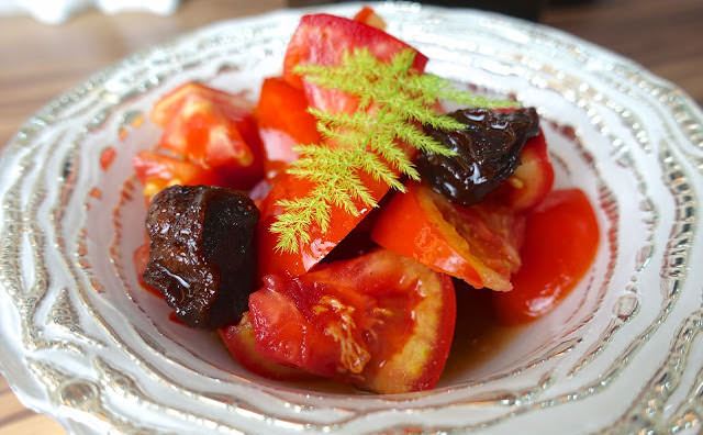 免動火教你簡單做「即食梅汁蕃茄」,網路最夯的清爽開胃小點心