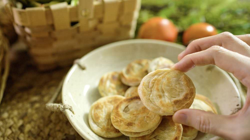 免揉麵超簡單,香酥好吃的鹹甜小酥餅,一口接一口酥脆到掉渣